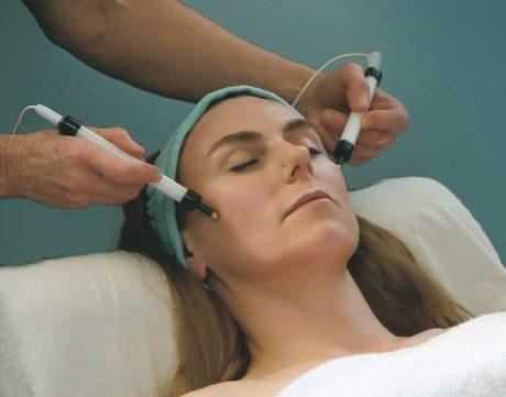 صورة علاج طبيعي لشلل الوجه النصفي